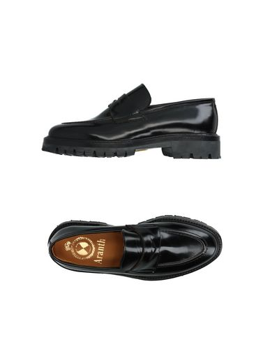 ARANTH Loafers in Black