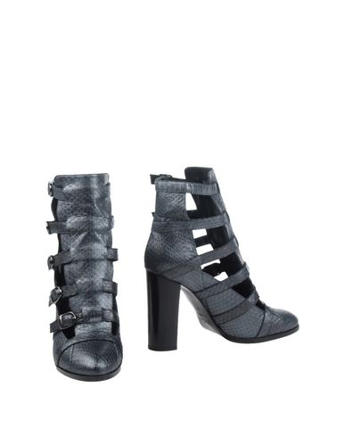 INGA Ankle Boot in Lead