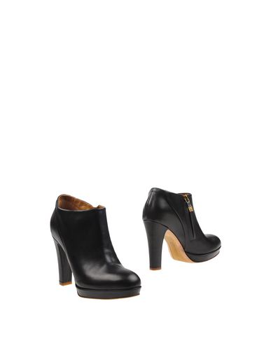 ALBERTO FERMANI Ankle Boot in Steel Grey