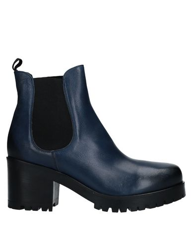JFK Ankle Boot in Blue