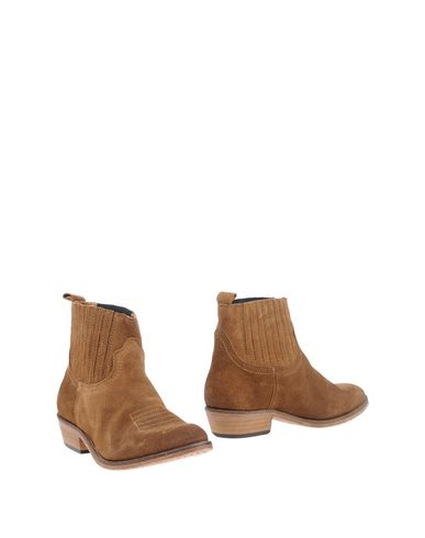 CATARINA MARTINS Ankle Boot in Brown