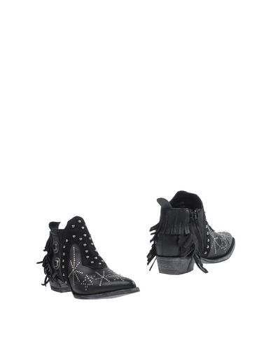 MEXICANA Ankle Boot in Black