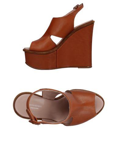 MASSIMO LONARDO Sandals in Brown