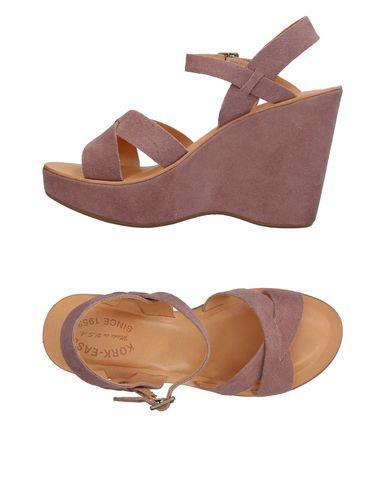 KORK-EASE Sandals in Light Brown