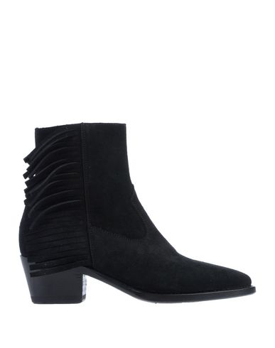 DAMY Ankle Boot in Black