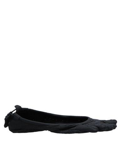 VIBRAM Ballet Flats in Black