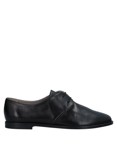 CHEVILLE Laced Shoes in Black