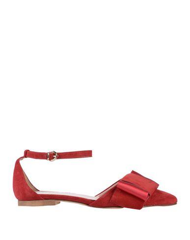 ESTELLE Ballet Flats in Red