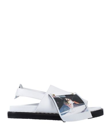 L'F SHOES Sandals in White