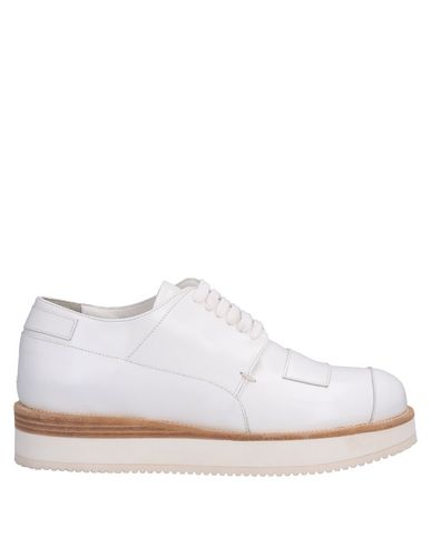 CASAMADRE Laced Shoes in White