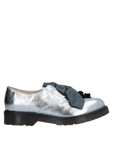 POKEMAOKE Loafers in Silver