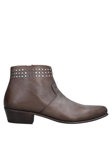 SEBOY'S Ankle Boot in Light Brown