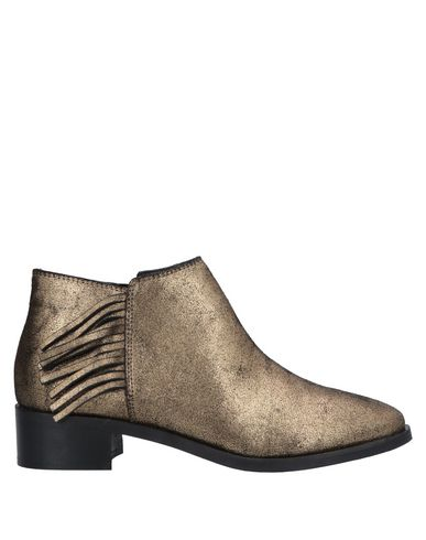KURT GEIGER Ankle Boot in Gold