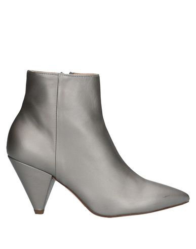 GIAMPAOLO VIOZZI Ankle Boot in Light Grey