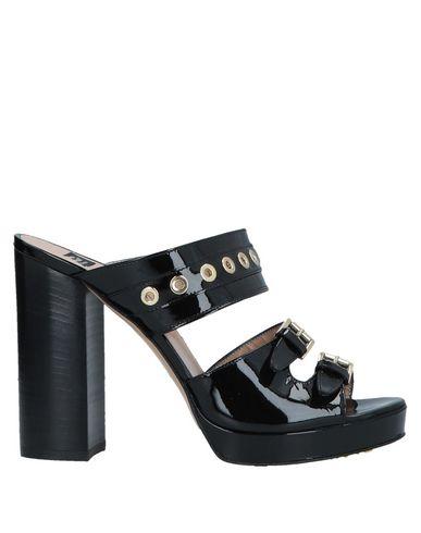 ROBERTO BOTTICELLI Sandals in Black
