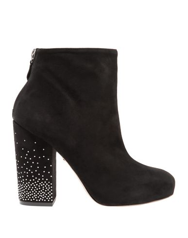ISA TAPIA Ankle Boot in Black