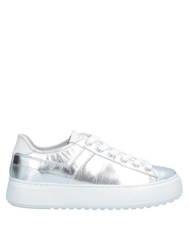 PONY Sneakers in Silver