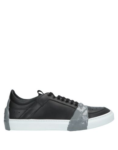 ATTIMONELLI'S Sneakers in Black