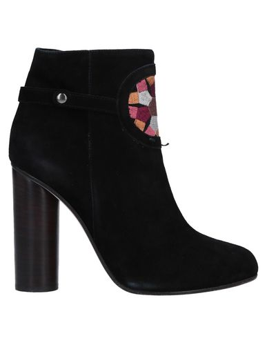 SUSANA TRACA Ankle Boots in Black