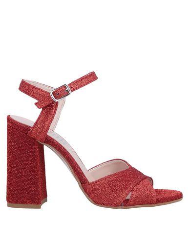 ESTELLE Sandals in Red