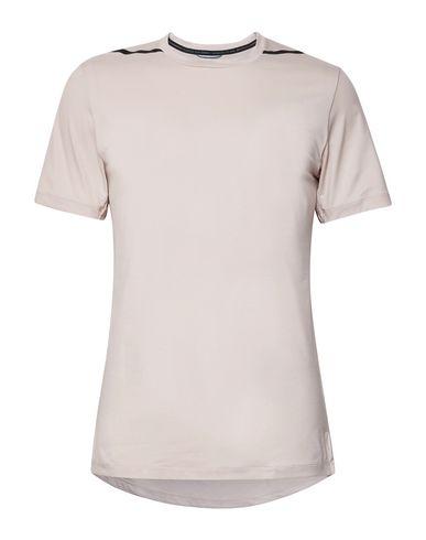 beige nike shirt