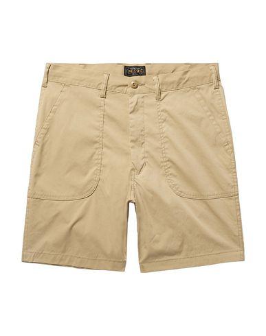 BEAMS Shorts & Bermuda in Sand