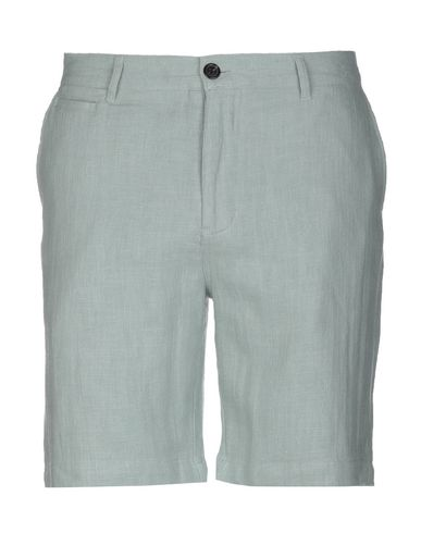 SUIT Shorts & Bermuda in Light Green