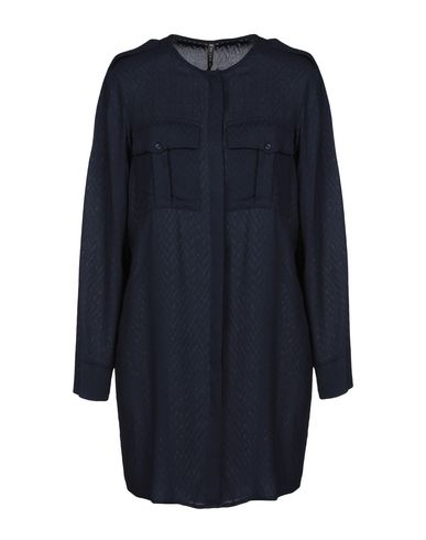 Solid Color Shirts & Blouses in Dark Blue