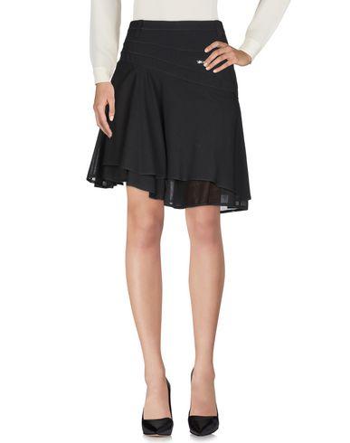 WUNDERKIND Knee Length Skirt in Black