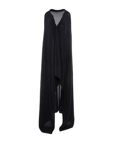HANNES ROETHER Cape in Black